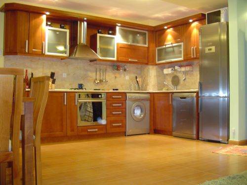 "Кухня масив бук, модел ""Стандарт"""