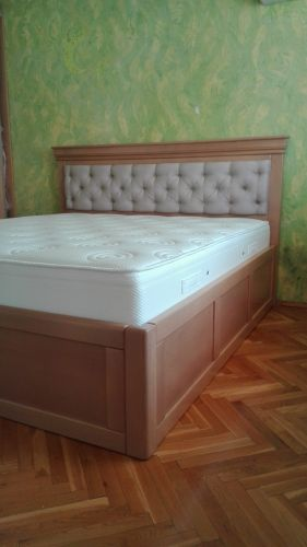 "Спалня масив бук модел ""Каре с ракла """