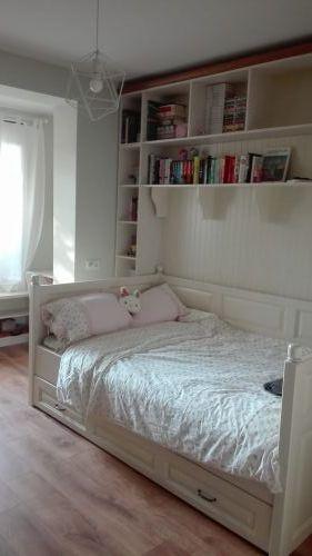 """Спалня  с висока странична табла масив бук модел """"Венеция с второ легло"""""""