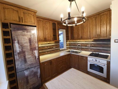 """Кухня масив ясен, модел """"Класик с кобилица"""""""