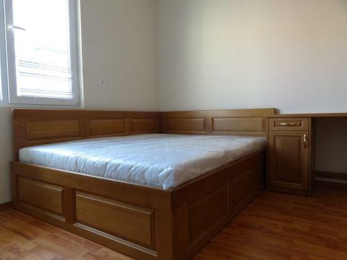 Легло с висока странична табла, масив бук