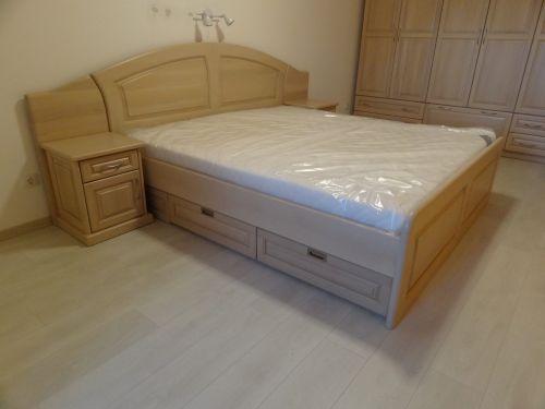 "Спалня масив бук модел ""Класик с чекмеджета"""