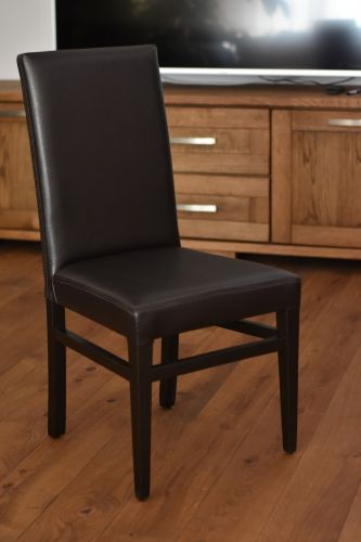 Стол София- венге  с черна изкуствена кожа 105лв.