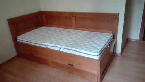 """Легло с висока странична табла модел""""Станрарт"""" Бук"""