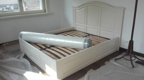 "Спалня масив Ясен модел ""Класик с кобилица"""